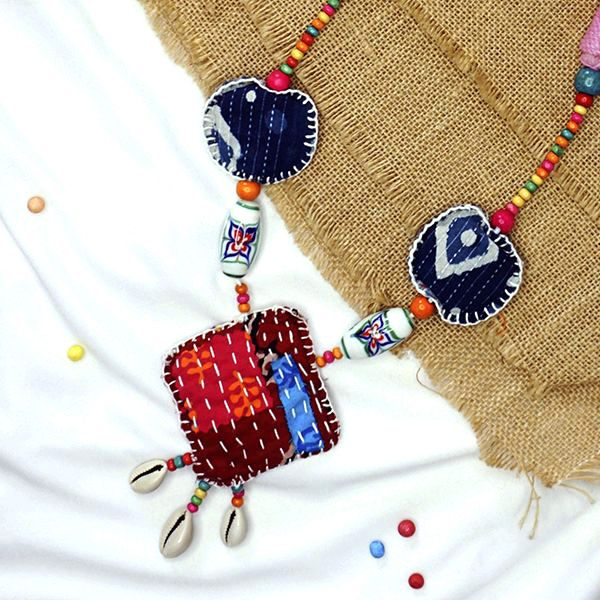 Multicolored boho necklace with bead details